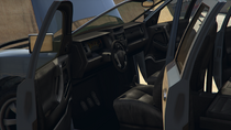 Bison3-GTAV-Inside