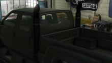 Guardian-GTAO-Exhausts-StockExhaust.png