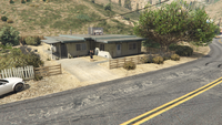 BikerSellCourierService-GTAO-Countryside-DropOff11.png