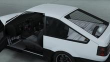 FutoGTX-GTAO-Dash-SemiStrippedInterior.png