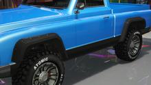 YosemiteRancher-GTAO-Fenders-RaptorFlares.png