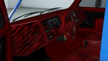 YougaClassic4x4-GTAO-Dash-PaddedTigerDash.png