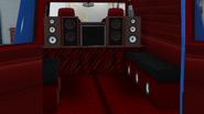 YougaClassic4x4-GTAO-Trunk-Vintage4WaywithAmplifier