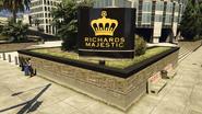 RichardsMajestic-GTAV-Sign