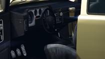 BobcatXLBedCap-GTAV-Inside