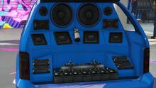 MinivanCustom-GTAO-Trunk-ExtremeTrunkInstallNeon.png