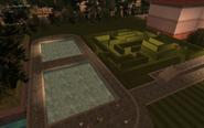 VercettiEstate-GTAVC-Exterior-HedgeMaze&Pools