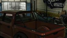 Caracara4x4-GTAO-BlackRollBars.png