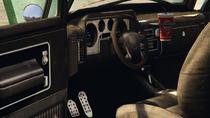 Towtruck2-GTAV-Inside
