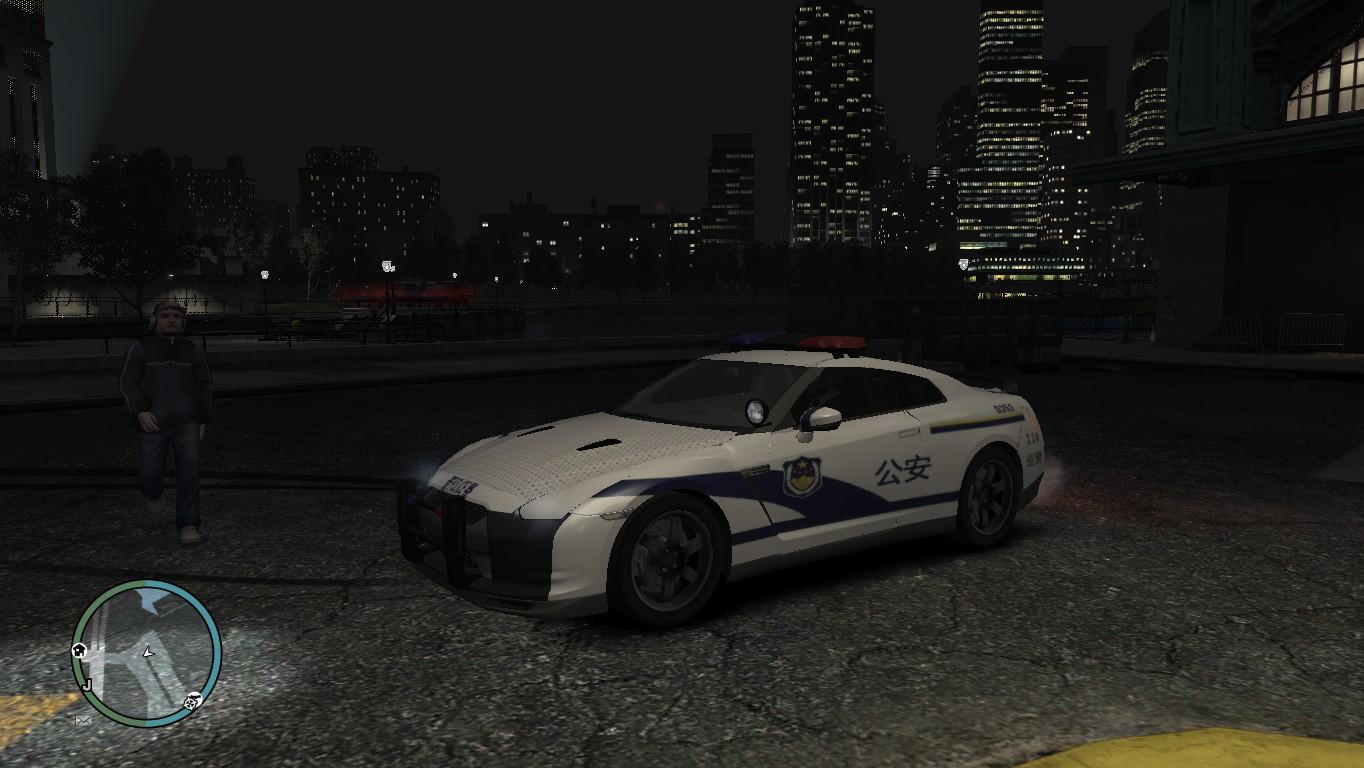 GTAIV中国警车GTR R35-front.jpg