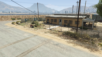 BikerSellCourierService-GTAO-Countryside-DropOff6.png
