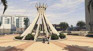 Davis City Hall GTAVe Monument