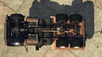 Towtruck-GTAV-Underside