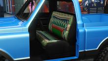 YosemiteRancher-GTAO-Seats-RusticCarpetCoveredBench.png