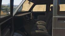 Youga-GTAV-Inside