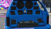 MinivanCustom-GTAO-Trunk-ExtremeTrunkInstall.png