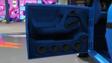 MinivanCustom-GTAO-Doors-AdvancedDoorSpeakers.png