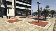 VespucciPoliceStation-GTAV-Plaza