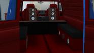 YougaClassic4x4-GTAO-Trunk-Vintage3WayHiFiSystem