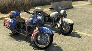 Soverign Police Bike GTAV Front Comparison