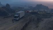 Coasting-GTAO-Professionals guarding the truck