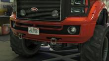 SandkingSWB-GTAO-Bumpers-ChromeTowHooks.png