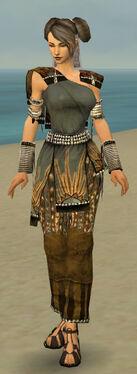 Monk Sunspear Armor F gray front.jpg