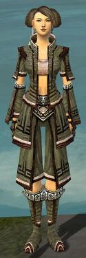 Monk Kurzick Armor F gray front.jpg