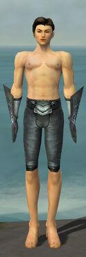 Elementalist Stormforged Armor M gray arms legs front.jpg