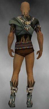 Ritualist Luxon Armor M gray chest feet back.jpg