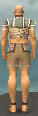 Monk Woven Armor M gray chest feet back.jpg