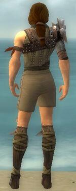 Ranger Studded Leather Armor M gray chest feet back.jpg