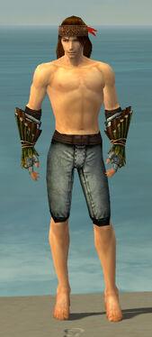 Ranger Druid Armor M gray arms legs front.jpg