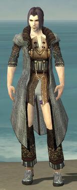 Elementalist Vabbian Armor M gray chest feet front.jpg