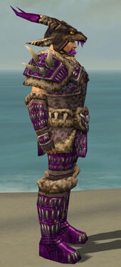Warrior Charr Hide Armor M dyed side.jpg