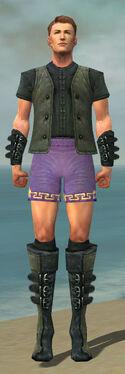 Mesmer Rogue Armor M gray chest feet front.jpg