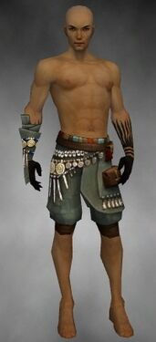 Ritualist Luxon Armor M gray arms legs front.jpg