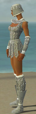 Warrior Ascalon Armor F gray side.jpg