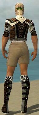Ranger Kurzick Armor M gray chest feet back.jpg