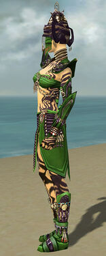 Ritualist Obsidian Armor F dyed side.jpg