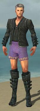 Mesmer Elite Rogue Armor M gray chest feet front.jpg