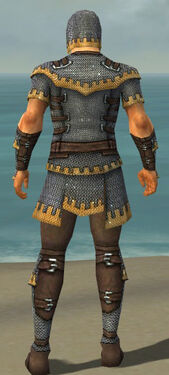 Warrior Tyrian Armor M dyed back.jpg