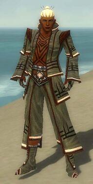 Monk Kurzick Armor M gray front.jpg