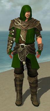 Shining Blade Uniform M default front.jpg