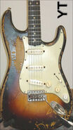 A cool oldest guitar of the garage rock