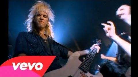 Guns_N'_Roses_-_Welcome_To_The_Jungle