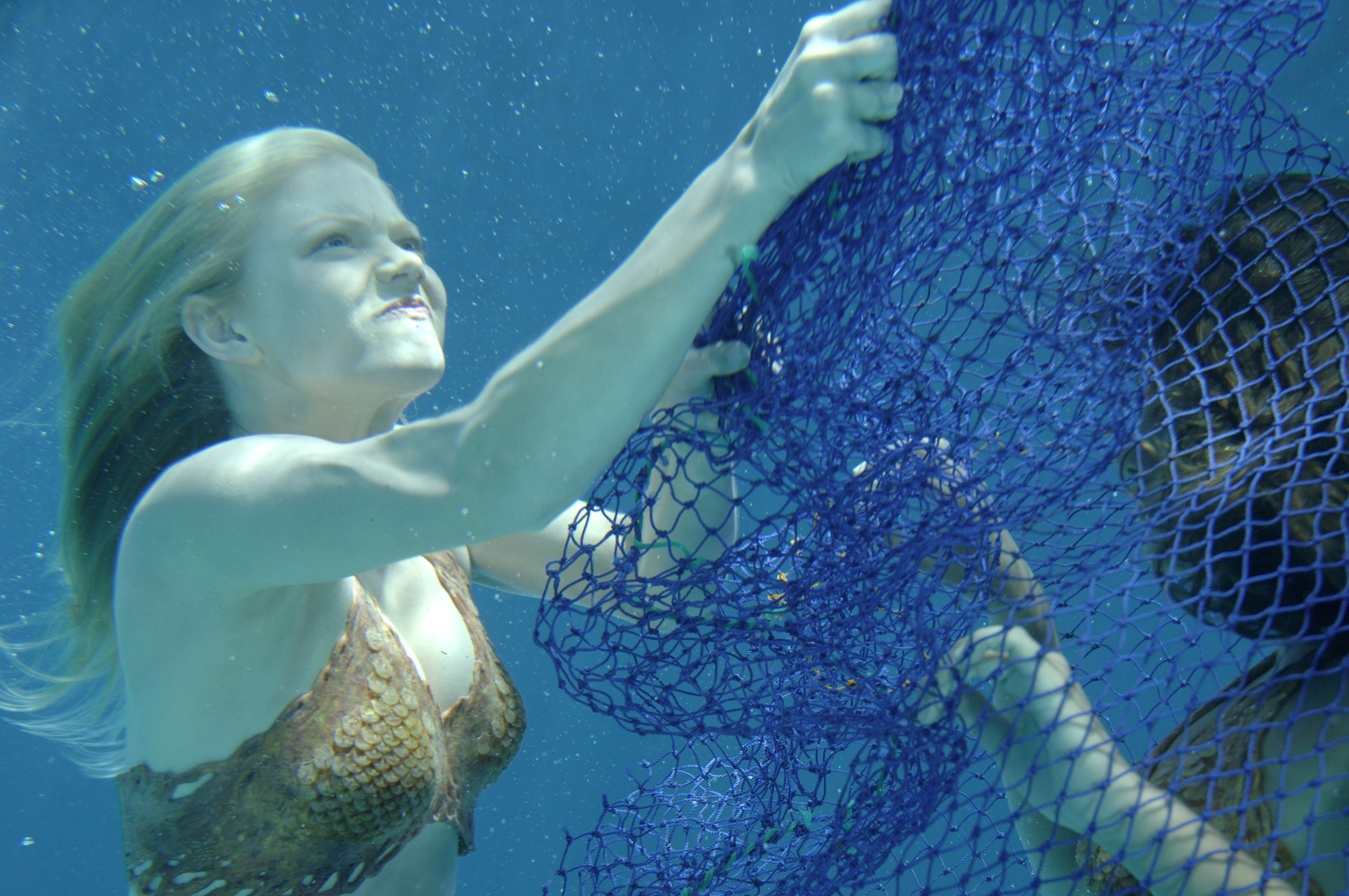 H2O: Just Add Water: Season 1: Episode 03: Catch of the Day