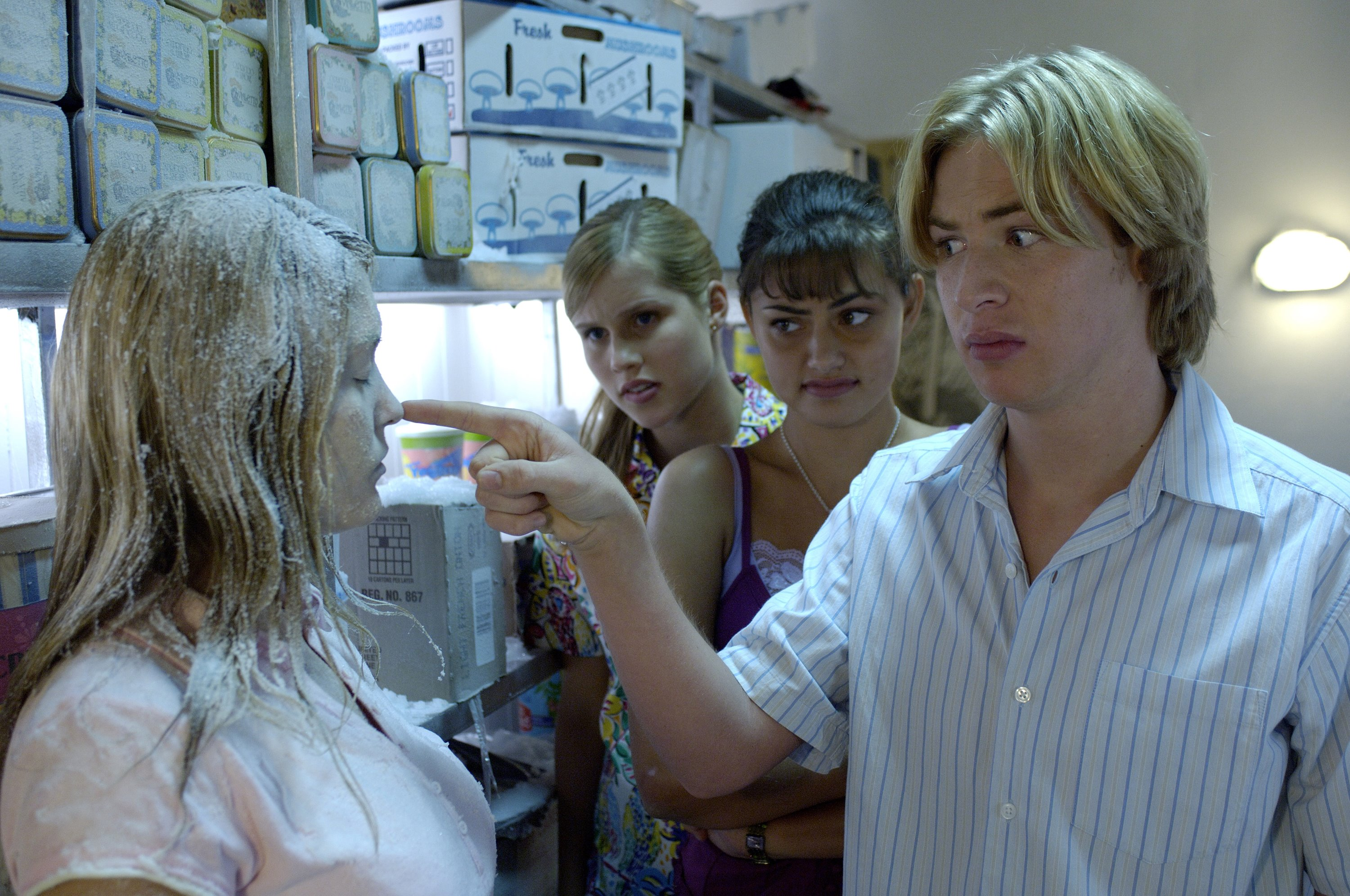 H2O: Just Add Water: Season 1: Episode 15: The Big Chill
