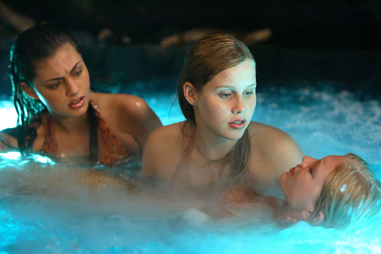 H2O: Just Add Water: Season 1: Episode 18: Bad Moon Rising
