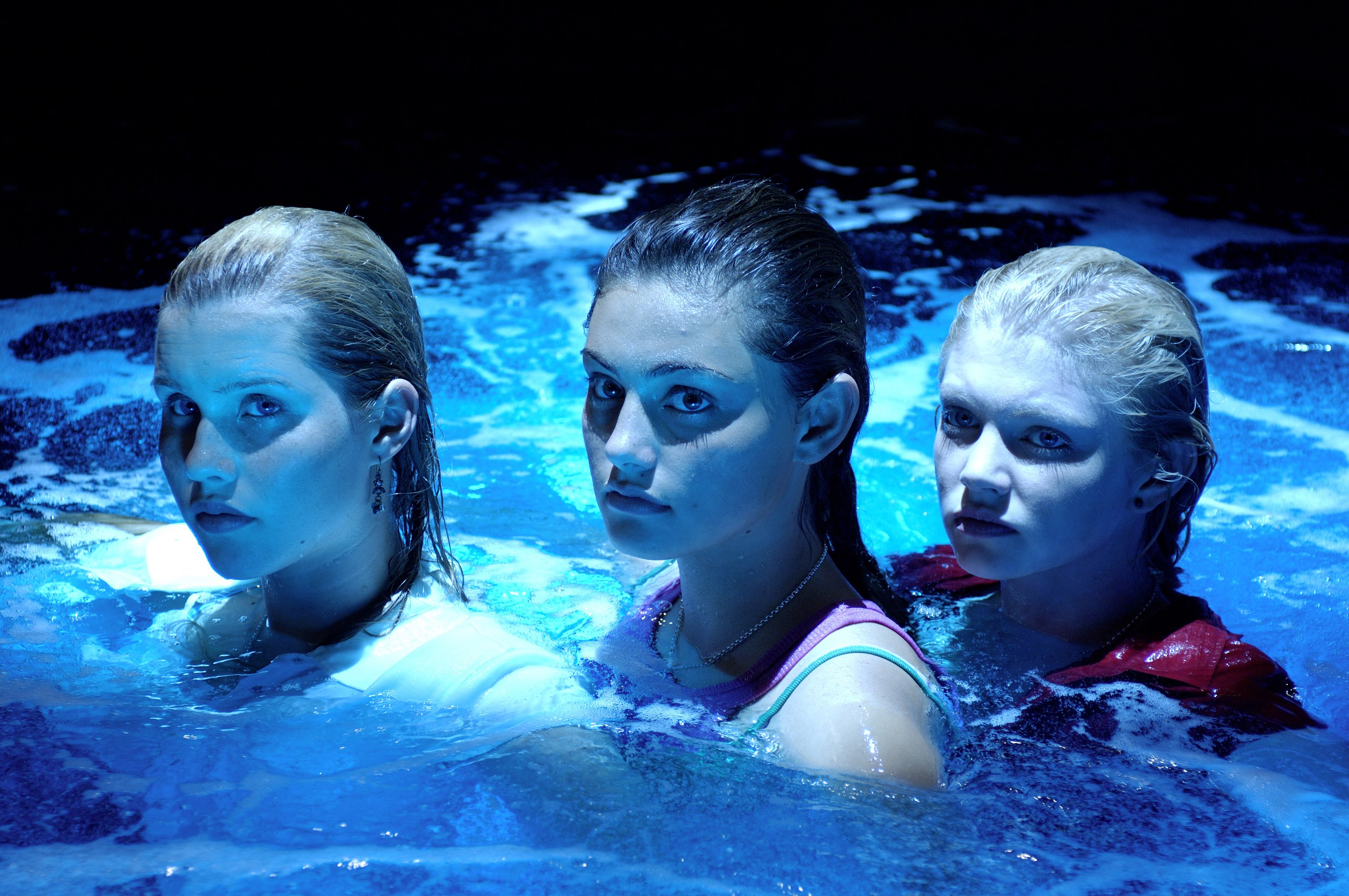 H2O: Just Add Water: Season 1: Episode 26: A Twist in the Tail